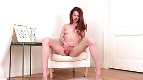 Adorable amateur Polly Cute masturbates on the chair and moans