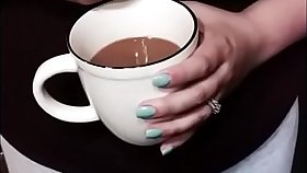 Lactating big tit dam squeezes breast milk into coffee