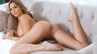 Blair Williams in Horny Girlfriend Gets Face Fucked - IKnowThatGirl